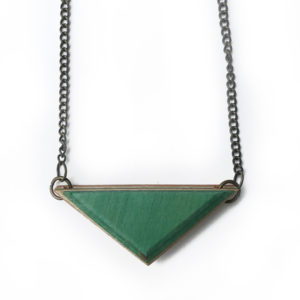 tb_green_necklace-b