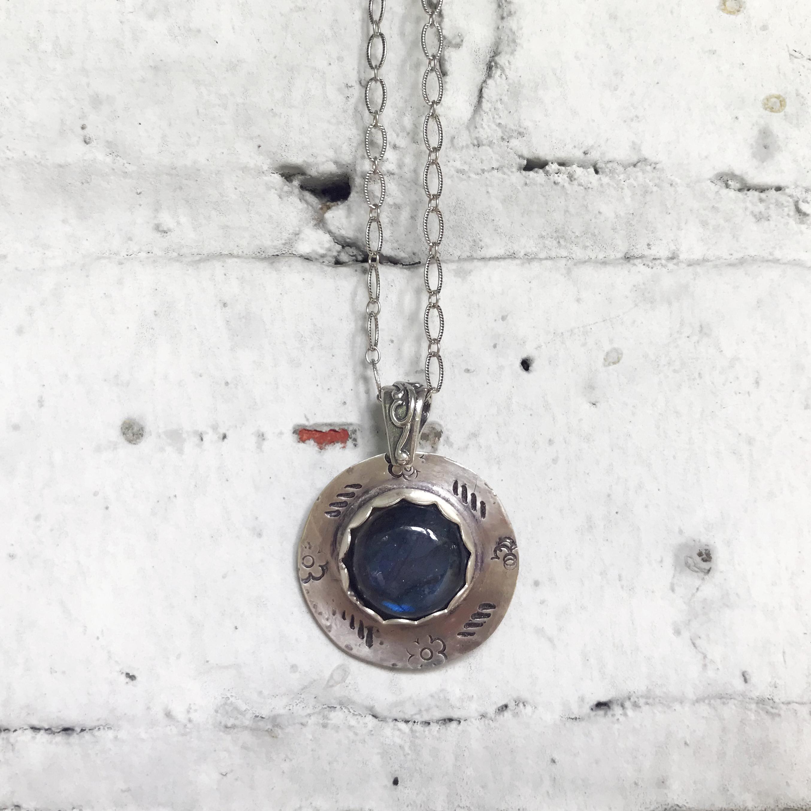labradorite necklace made in buffalo
