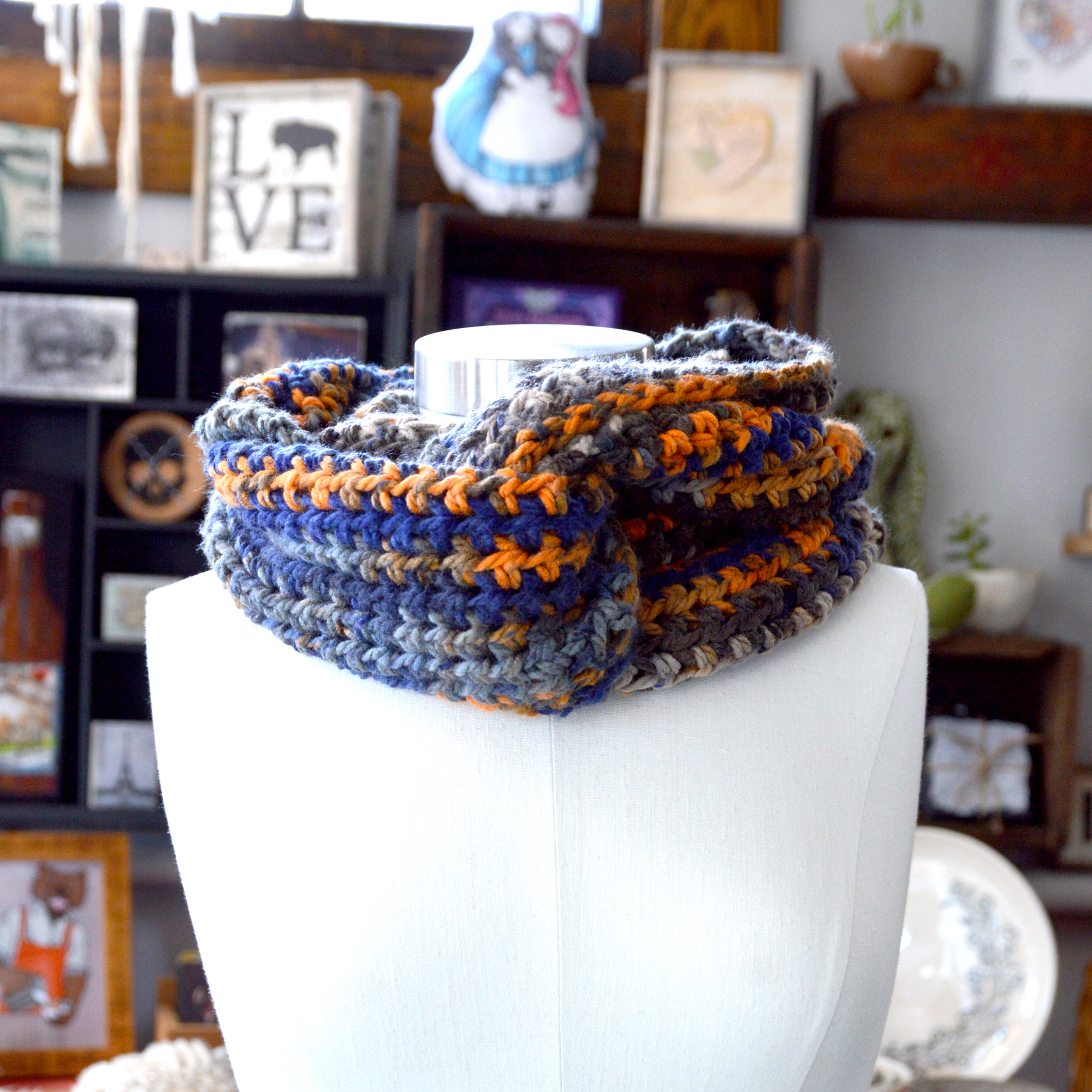 corcheted infinity scarf made in buffalo ny gift shop